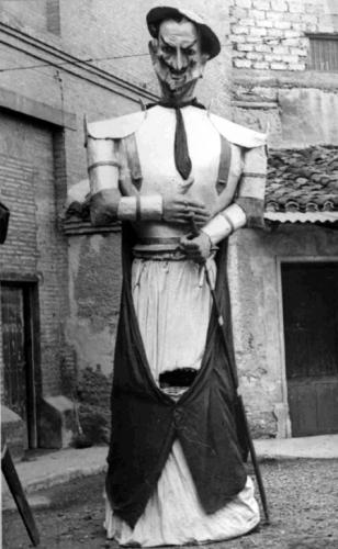 gigante-zaragoza-quijote