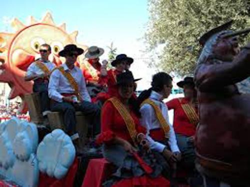 Desfile de carrozas Morata de Jalón