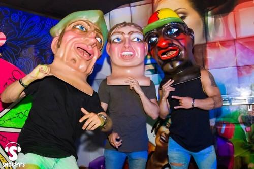 cabezudos de zaragoza en discoteca snoepys